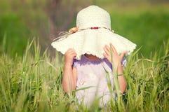 piękny śródpolny dziewczyny adry kapelusz trochę Zdjęcie Stock