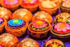 Piękny świeczki Aromatyczny robić przypominać lotosu Kolorowy c zdjęcie royalty free