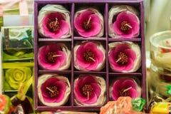 Piękny świeczki Aromatyczny robić przypominać menchie kwitnie Egzot C zdjęcie royalty free