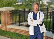 Piękny żeński opieka zdrowotna profesjonalista zdjęcia stock