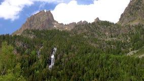 Piękny Aigüestortes ja Estany De Sant Maurici park narodowy Hiszpańscy Pyrenees w Catalonia zdjęcie wideo