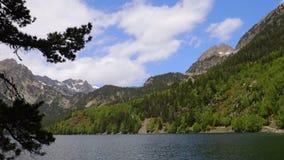 Piękny Aiguestortes ja Estany De Sant Maurici park narodowy Hiszpańscy Pyrenees w Catalonia zbiory