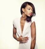 Piękny amerykanin afrykańskiego pochodzenia mody model Zdjęcia Royalty Free