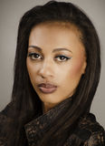 Piękny amerykanina afrykańskiego pochodzenia model zdjęcie stock