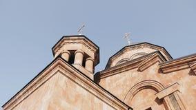 Piękny Armeński kościół chrześcijański Dolny widok w perspektywie zbiory