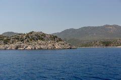 Piękny błękitny morze za burtą statek Fotografia Royalty Free