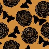 Piękny bezszwowy wzór z różami i sylwetkami motyle.  w pociągany ręcznie grafika stylu w roczników kolorach ilustracja wektor