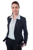 Piękny bizneswoman odizolowywający na bielu zdjęcia royalty free