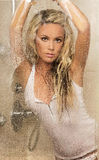Piękny blondynki kobiety pozować. Zdjęcie Royalty Free