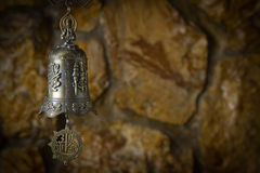 Piękny brązowy dzwon w tle Obrazy Stock