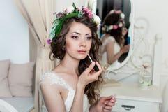 Piękny brunetki panny młodej portreta ślubu styl Fotografia Royalty Free