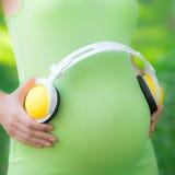 Piękny brzuch młody kobieta w ciąży Zdjęcie Stock