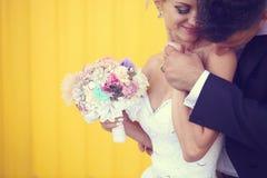 piękny bukieta panny młodej mienia ślub fotografia royalty free