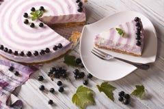 Piękny cheesecake z rodzynku zakończenia horyzontalnym odgórnym widokiem Zdjęcia Royalty Free