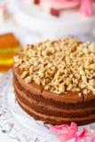 piękny ciasto torty i macaroons Słodki wakacyjny bufet z babeczkami, tortami i innymi słodkimi deserami, fotografia royalty free