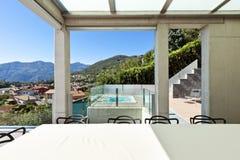 Piękny dom, patio zdjęcie stock