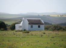 Piękny dom wiejski w wiejskim położeniu Zdjęcia Royalty Free