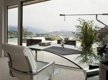 piękny domowy wewnętrzny nowożytny Fotografia Royalty Free