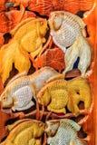 Piękny Drewniany cyzelowanie złociste srebne ryba Antykwarska sztuka Handma Fotografia Stock