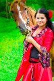 piękny dziewczyny gypsy koń Zdjęcia Royalty Free