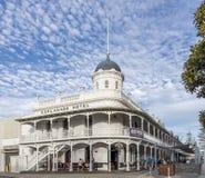 Piękny esplanada hotel na żołnierz piechoty morskiej tarasie w Fremantle, zachodnia australia fotografia stock