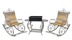 Piękny forged metall roching krzesło i grilla grill odizolowywamy obrazy royalty free