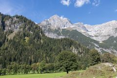 Piękny góra krajobraz obok Werfenweng obrazy stock