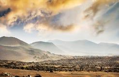 Piękny góra krajobraz z volcanoes obraz royalty free