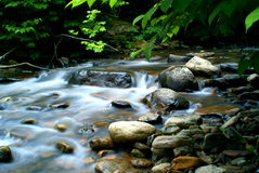 piękny górski strumień Zdjęcie Stock
