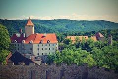 Piękny gotyka kasztel Veveri Miasto Brno przy Brno tamą Południowy Moravia Środkowy Europa - republika czech - Obrazy Stock