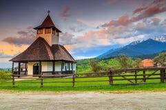Piękny halny Ortodoksalny monaster, otręby, Transylvania, Rumunia, Europa obraz royalty free