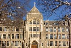 Piękny historyczny budynek biały Hall rozsławiał w zima krajobrazie fotografia royalty free