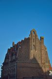 Piękny historyczny dom z wyjątkowym dachem Zdjęcie Stock