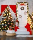 Piękny holdiay dekorujący pokój z choinką obraz royalty free