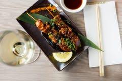 Piękny japanise yakitori słuzyć fotografia stock