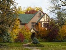 Piękny jesień dom Zdjęcia Royalty Free