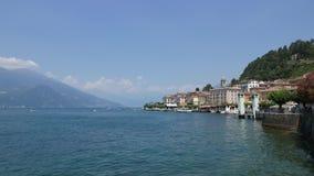 Piękny Jeziorny Como - panorama Bellagio miasteczko Północ Włochy zbiory wideo