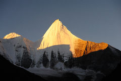 piękny kamiyama szczytu yangmaiyong Zdjęcie Stock