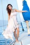 Piękny kobieta model na żaglówce Obraz Stock