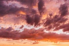 Piękny kolorowy zmierzch, robić od wysokość dachu zdjęcie stock