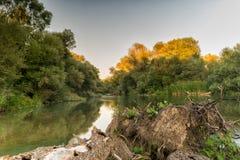 Piękny krajobraz Alfeios rzeka w Grecja Sławny turystyczny miejsce przeznaczenia fotografia royalty free