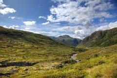 Piękny krajobraz norweskie góry zdjęcia stock