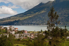 Piękny krajobraz San Pablo jezioro z fotografia royalty free