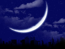 Piękny księżyc krajobraz z miasto sylwetką Zdjęcie Royalty Free