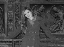Piękny młoda dziewczyna portret w mieście obrazy stock