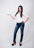 Piękny młody bizneswomanu pozować Fotografia Stock