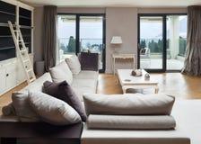 Piękny mieszkanie meblujący Obraz Royalty Free