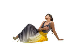 Piękny moda model siedzi na podłoga Obrazy Royalty Free