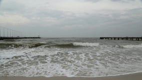 Piękny morze i piasek wyrzucać na brzeg przy Hua Hin zbiory wideo