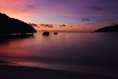 Piękny mroczny niebo przy Andaman morzem na Koh Surin fotografia royalty free
